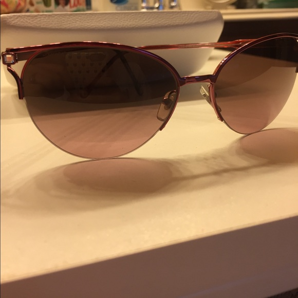 792fdacb4d2f Versace Cat Eye Pink Sunglasses with Rose lens. M 59500afa9818291a6a01353b