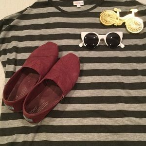 Toms Shoes - Maroon Toms