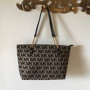 Michael Kors Handbags - 🖤New Listing🖤  Michael Kors tote bag