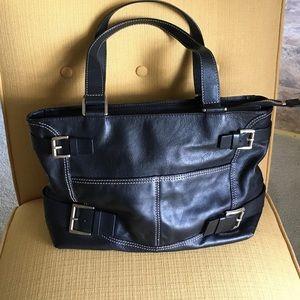 Michael Kors Handbags - 🖤New Listing🖤 Michael Kors leather bag NWOT