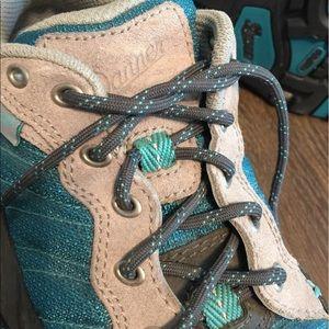 Danner Shoes - Women's Danner Hiking Boots!