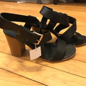 Christian Siriano Shoes - Black strappy block heel