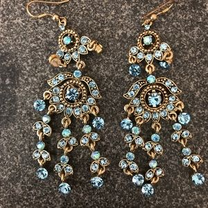 Jewelry - Fun dangle earrings (costume)