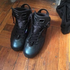 1. State Other - My Jordans 6s size 9 good condition