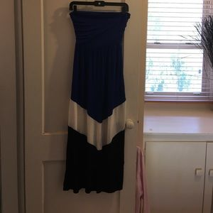 Annabelle Dresses & Skirts - EUC Annabelle Petites Maxi Dress/Skirt Medium