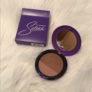 Mac Cosmetics Selena Techno Cumbia Powder Blush
