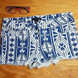 Forever 21 blue and white aztec print jean shorts