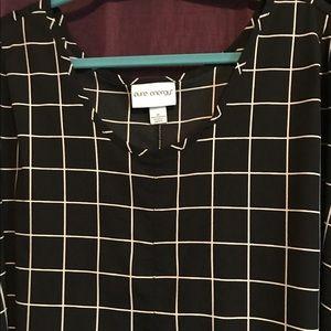Tops - Black/white checkered shirt