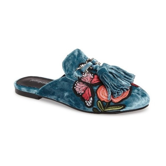 33 Off Jeffrey Campbell Shoes Jeffrey Campbell Apfel Flower Tassel Slide Mules From
