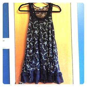 Myths Dresses & Skirts - Short and cute black floral dress