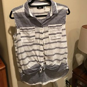 BDG Tops - Tie top bottom down with collar