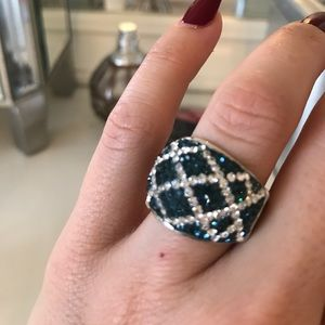 Jewelry - GORGEOUS!  Sterling Silver and crystal ring.