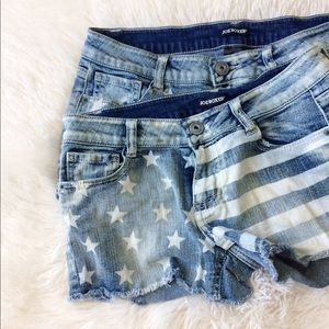 JOE BOXER Stars and Stripes  acid wash jean shorts