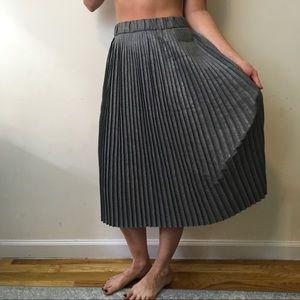 Zara Dresses & Skirts - Zara Grey Midi Pleated Accordion Skirt