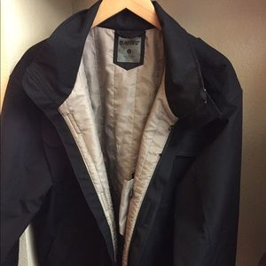 Hi-Tec Jackets & Blazers - Black men's winter jacket. .