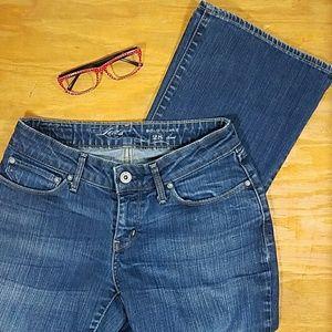 Levis Bold Curve boot cut jeans