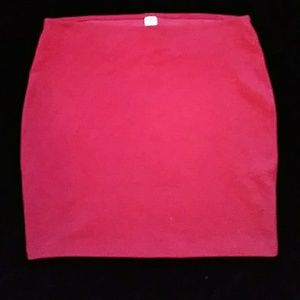 😁Old Navy red skirt - size M