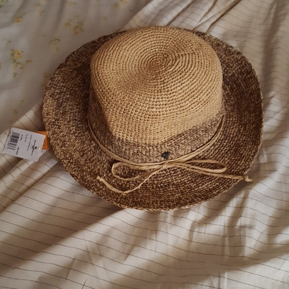 3aa59a751b4c0 Tommy Bahama Sunset Palms Bucket Raffia Straw Hat