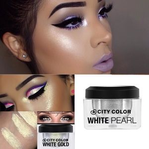 City Color Other - Bundle white gold & white Pearl