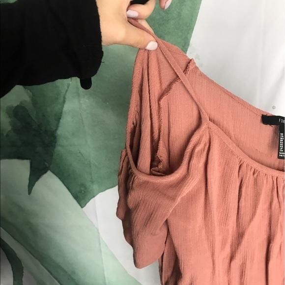 Dresses - Flowy dress