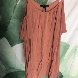 Dresses & Skirts - Flowy dress