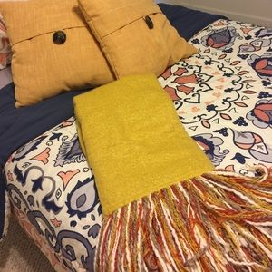 pottery barn Other - Throw and pillows