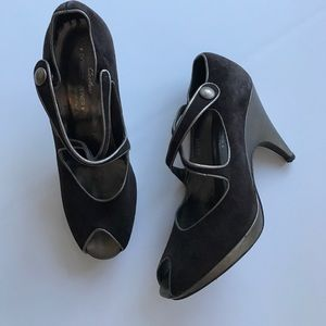Donald J. Pliner Shoes - Couture Donald J. Pliner Brown Suede Heels 7.5