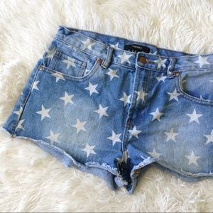 FOREVER21 light blue distressed star wash shorts