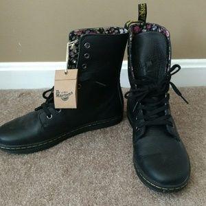 Dr. Martens Shoes - Dr.Marten's Black Leather Stratford Boots