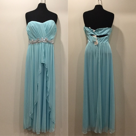 Speechless Dresses & Skirts - Strapless gown