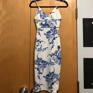 Boohoo Dresses & Skirts - Flower Print Dress