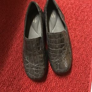 Clarks Woman's loafers size 8