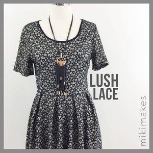 [ lush ] cream black lace dress fit & flare