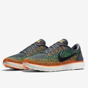 Nike Other - Nike Free Run Distance