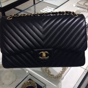 CHANEL Handbags - Most have it !!💕💕 NEW IN  chevron style,