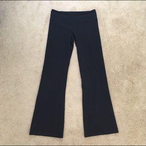 lululemon athletica Pants - Lululemon Boot Cut Yoga Pants Leggings Size 6 Reg