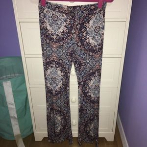 American Eagle Outfitters Pants - NWOT 😍 AE bell bottom pants
