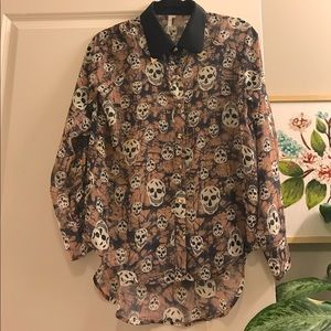Mono B High Low Sheer Button Down with Skull Print