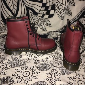 Dr. Martens Shoes - Cherry red 101 smooth dr.Martens size 8