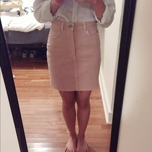 H&M Dresses & Skirts - HM Pink denim skirt