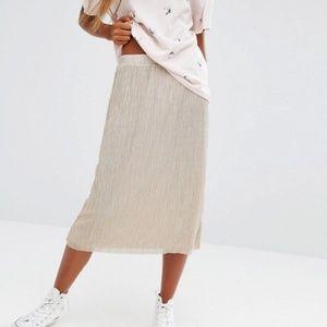 Pull&Bear Dresses & Skirts - NWT Pull&Bear Metallic Plisse Midi Skirt