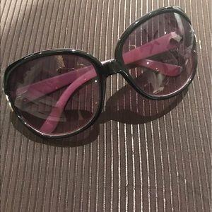 Betsey Johnson Round/Square Sunglasses