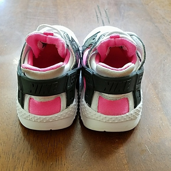 off Nike Other Nike Hurache girls shoes size 5