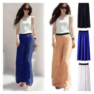 Dresses & Skirts - Pleated Maxi HP🎉