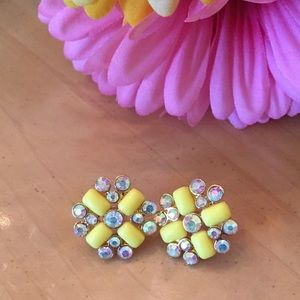 C.Wonder Jewelry - Sunshine Yellow Sparkle Earrings