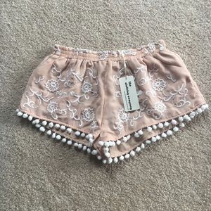 Shorts, Nude/White Floral Design w/Pom Poms