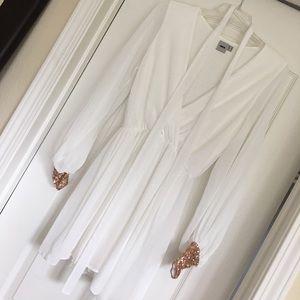 Beautiful white dress!