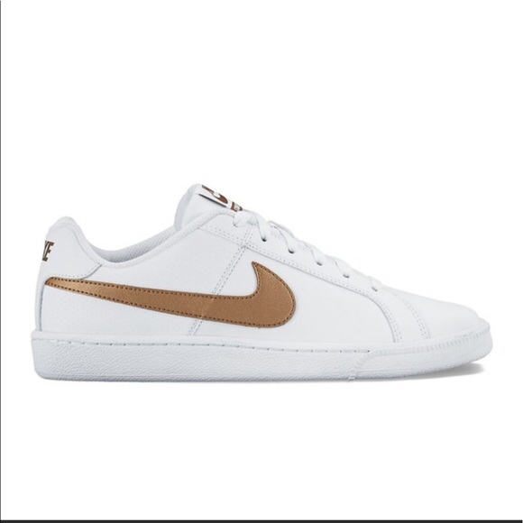 best loved ed784 3b855 Nike Court Royale gold and white tennis shoes. M59513e824e8d17a231079c68