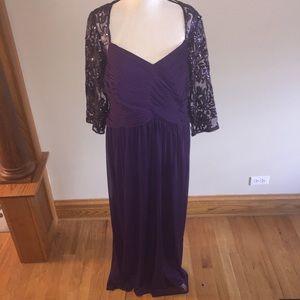 Adrianna Papell Dresses & Skirts - Adrianna Papell purple maxi long sleeve dress