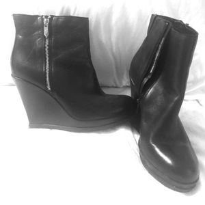 Fergie Ankle Boots Size 9